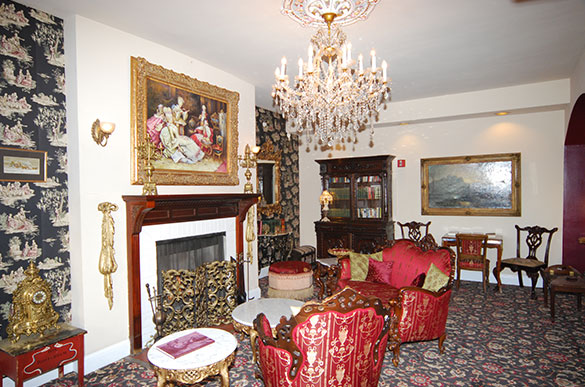 LIBRARY - Meeting Space - Fireside Chat Design at Queen Anne Hotel
